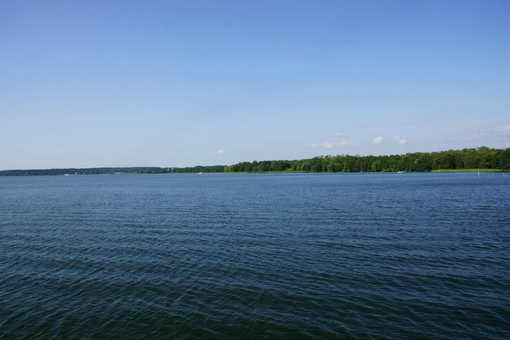 Zachodni brzeg jeziora Niegocin