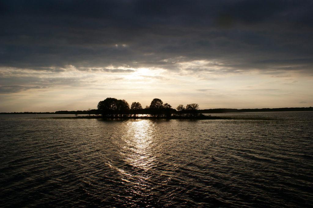 Wyspa Ilma o zmierzchu