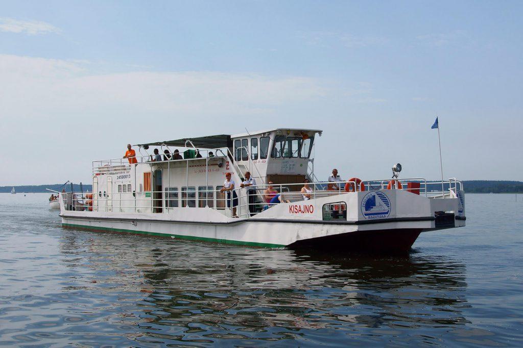 Statek pasażerski przerobiony ze statku typu holownik-pchacz