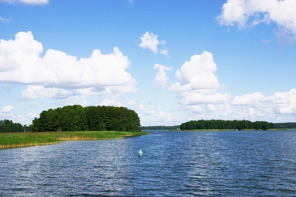 Wyspy na jeziorze Jagodne