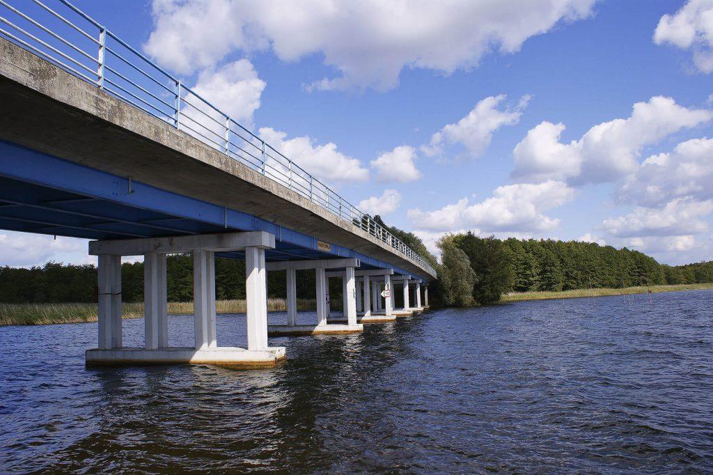Most drogowy