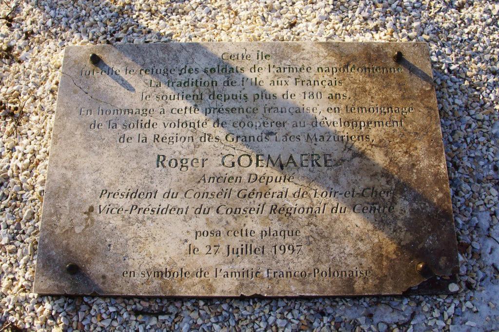 Francuska tablica pamiątkowa na Grajewskiej Kępie